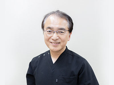 楠戸 康通(くすど やすみち)